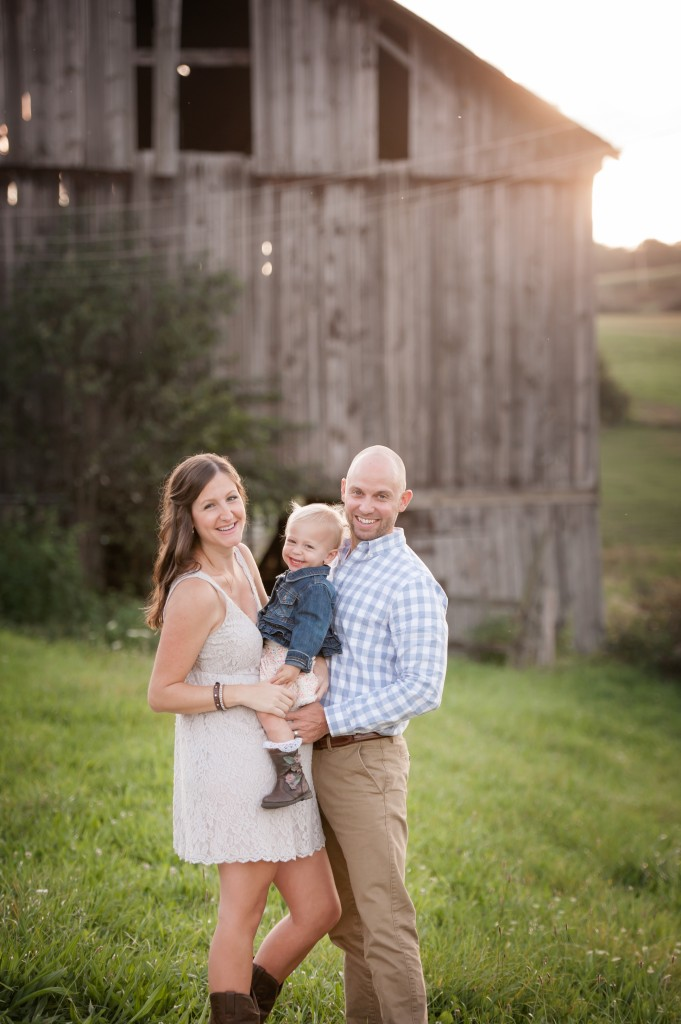 Melanie Grady Photography is moving to Tennessee.  Nashville photographer, Hendersonville photographer, middle tennessee photographer, and southern Kentucky photographer. wedding photographer. newborn photographer, family photographer, maternity photographer